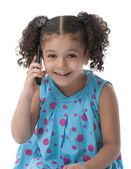 小女孩用电话联络 — 图库照片
