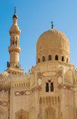 минарет и мечеть купол — Стоковое фото