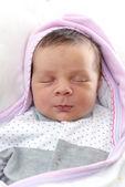 Yeni doğan bebek uyku — Stok fotoğraf