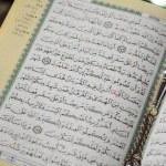 Ramadan Fasting Aya and Subha — Stock Photo #49151651