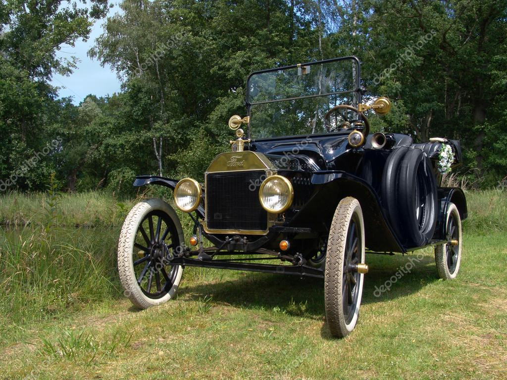 Ford Model T, also called Tin Lizzie                               — Stock Photo #14976167