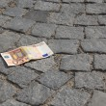 Lost cash — Stock Photo #29301739