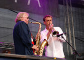 Klaus Doldinger performs with Hubert von Goisern at the Linz Eur — Stock Photo