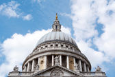 Closeup of the dome of St. Paul's Cathedral — Stock Photo