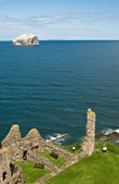 The view from the wall of Tantallon Castle — 图库照片