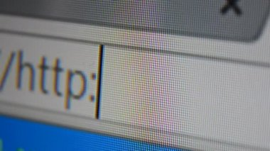 Http www address bar. Close up of mouse cursor typing in web browser address bar — Stok video