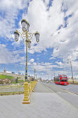 Double decker bus on the bridge — Stockfoto