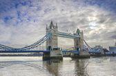 Tower bridge à londres — Photo