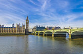 Houses of Parliament and Westminster bridge in London with Big Ben — Stock Photo