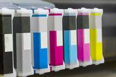 Cartuccia di stampante getto d'inchiostro di grande formato con rotolo di carta — Foto Stock