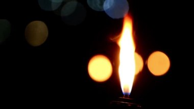 Flickering torch flame burns — Stock Video