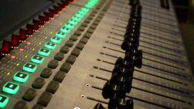 Sound recording studio mixette — Stock Video