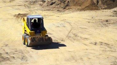 Schmutz schieben bulldozer. — Stockvideo
