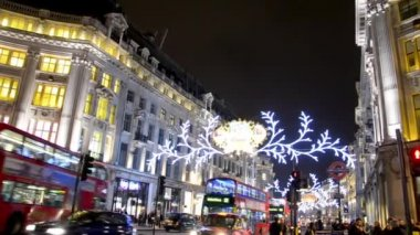 Regent Street under the Christmas lights in London — Stock Video