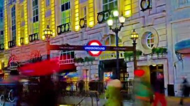 Piccadilly Circus with underground in London — Stock Video