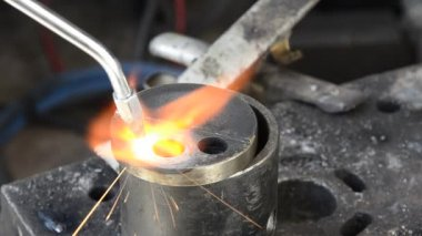 Metal heating and welding made with gas high temperature machine — Stock Video