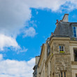 Street lamp and house in Paris — Stock Photo #13614711