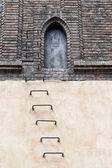 Drzwi na poddaszu starej synagogi nowej — Zdjęcie stockowe