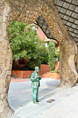 A statue of an architect Antoni Gaudi — Stock Photo