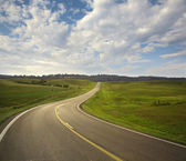 Curving road in the Black Hills of South Dakota — Stock Photo