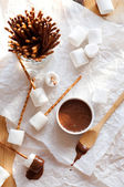 Haselnuss-butter, marshmallows und brezeln — Stockfoto