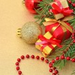 Gifts and Christmas decorations — Stockfoto