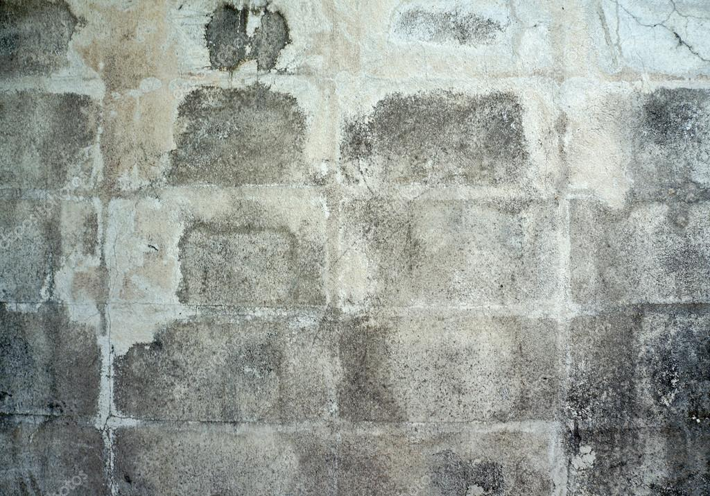 Old warehouse cinder block exterior with peeling paint stock photo mimiandnanaa 43960341 - Exterior paint peeling concept ...