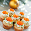 Savoury muffins with salmon, caviar and cream cheese — Stock Photo
