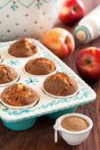Jablka a skořicové muffiny — Stock fotografie