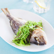 Grilled sea bream and seaweed salad — Stock Photo
