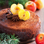 Apple and spice cake — Stock Photo