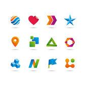 Conjunto de iconos y logotipo, corazón, flechas, estrella, esfera, cubo, cinta y bandera — Vector de stock