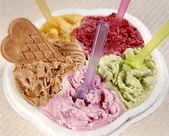 Different flavours and colors of ice creams — Stock Photo