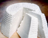Italian ricotta cheese — Stock Photo