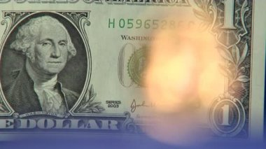 Dollar to euro defocus super close — Stock Video