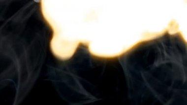 Explosión de fuego humo limpie 10082 largo — Vídeo de stock