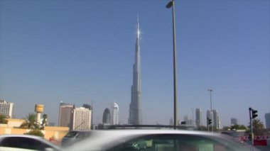 Traffic at burj Khalifa Dubai 10272 — Stock Video