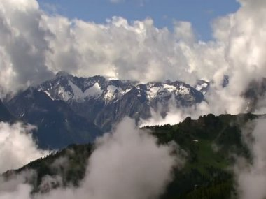 Time lapse clouds in the Alps super highspeed 10314 — Stock Video