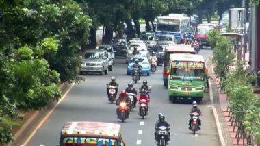 Tráfico de la ciudad de yakarta indonesia cerca de tiempo real 10704 — Vídeo de Stock