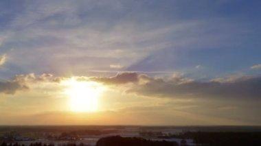 Sundown winter clouds time lapse 10870 — Stock Video
