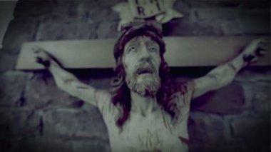Horror scary jesus on the cross 10937 — Stock Video