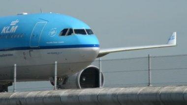 Samolotem klm na pilota kołowania mrugania 11016 — Wideo stockowe