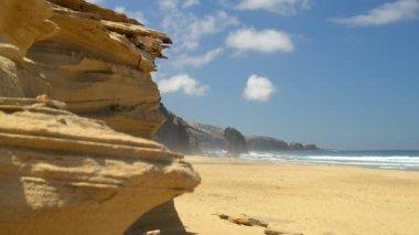 Roque del Morro and sandstone cliff coast wide 11118 — Stock Video