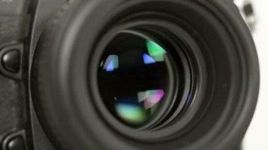 Photo camera iris short exposures loopable audio 11346 — Stock Video