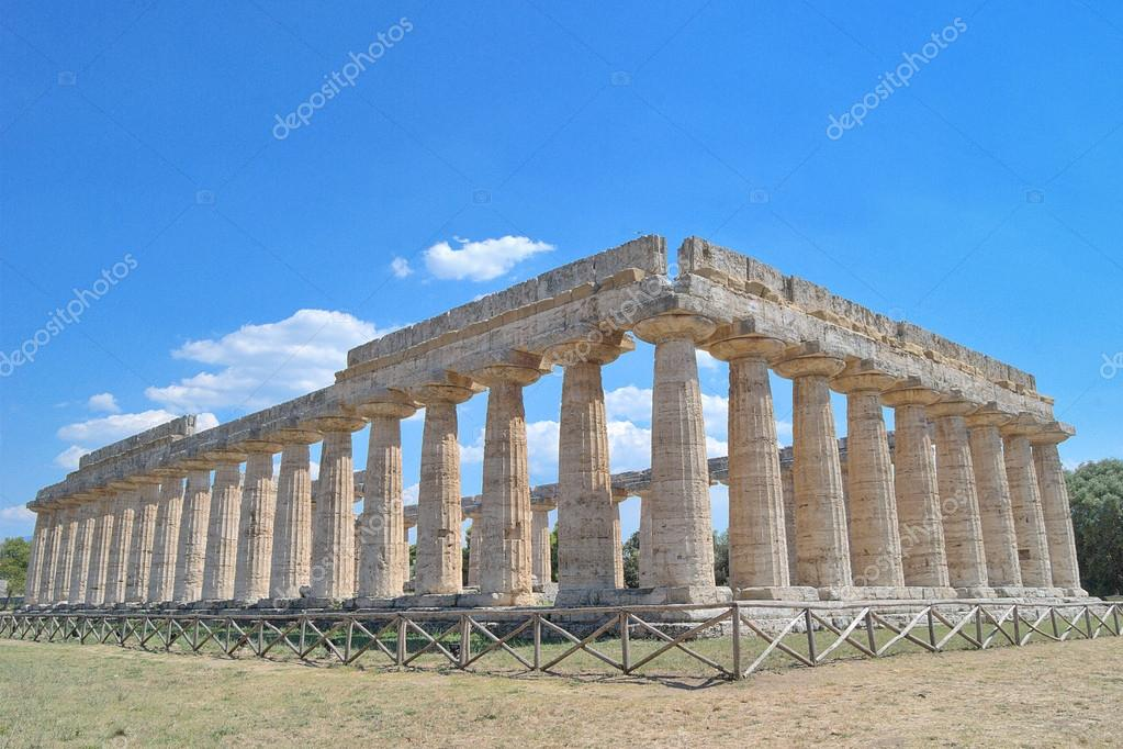 Paestum is the classical Roman name of a major Graeco-Roman city in the Campania region of Italy. It is located in the north of Cilento, near the coast about 85 km SE of Naples in the province of Salerno — Stock Photo #14368077