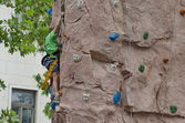 Artificial climbing wall for practical training — Stock Photo