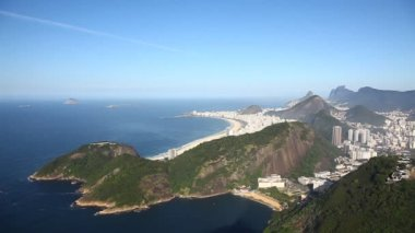 Aerial view of Rio de Janeiro Brazil beach Copacabana zoom in — Stock Video
