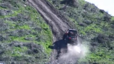 4x4 challenge on steep hill — Stock Video