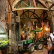 Christian pilgrims visit Via Dolorosa bazaar old city Jerusalem time lapse - Stockfoto