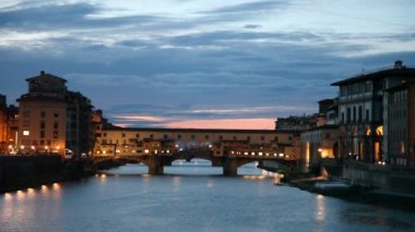 Ponte Vecchio of Florence at sunset — ストックビデオ